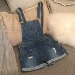Worn Once! Sneak Peek Overall